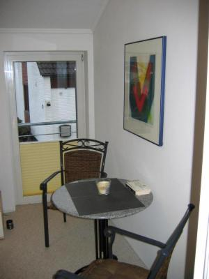 ferienwhg haus 1 pension hamburg rosengarten. Black Bedroom Furniture Sets. Home Design Ideas